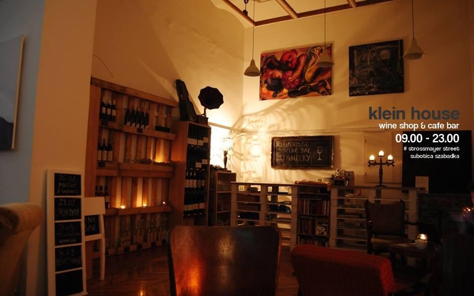 Kosztümvarázs és könyvbemutató a Klein house-ban