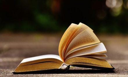 Könyvet a kézbe!