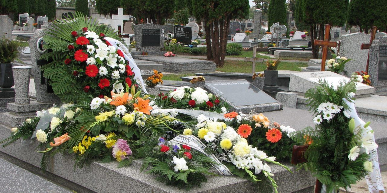 Nem sikerült tönkretenni a szabadkai temetkezési magánvállalatokat