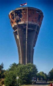 A vukovári víztorony a csata jelképévé vált