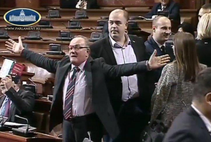 Pásztor Bálint és a problémás ellenzék (VIDEÓKKAL)