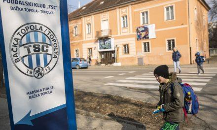 """<span class=""""entry-title-primary"""">Topolyai fociakadémia: negyven gyerek, súlyzóterem, szauna…</span> <span class=""""entry-subtitle"""">Már a szerb lapok is tudják: labdarúgó-akadémia és stadion épül Topolyán!</span>"""