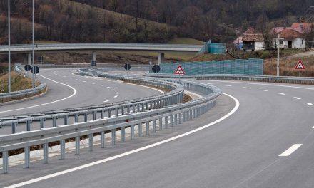 Plusz tízmillió euró közpénz 48 kilométer autópályára