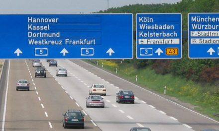 Tíznapos német autópálya-matrica: 2,5 eurótól 25 euróig