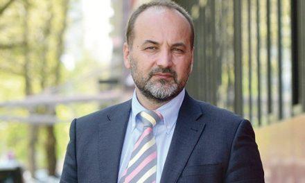 A szórványban fölényesen nyert Saša Janković