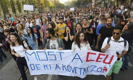 Keményen lép fel az EP Magyarország ellen