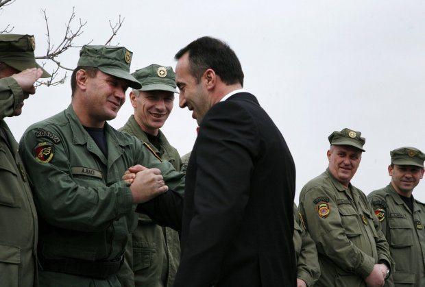 Koszovóban katonaság lesz, Szerbiában behívókat küldenek a tartalékosoknak
