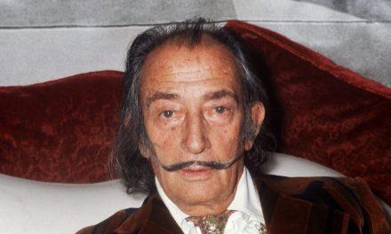 Kihantolják Salvador Dalí holttestét