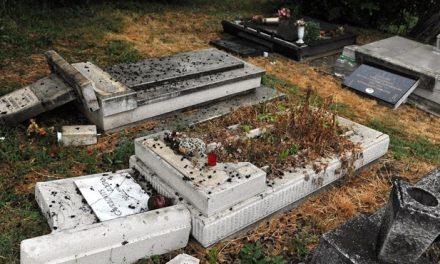 Orbán elítélte a budakalászi szerb temető meggyalázását