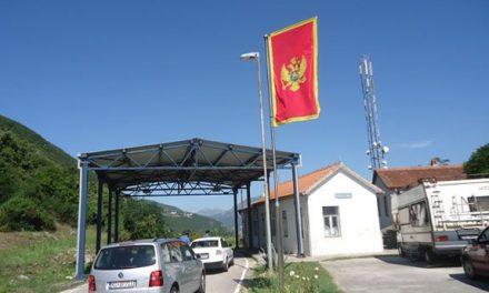 Belügyminisztérium: Elegendő a személyi igazolvány Montenegróba