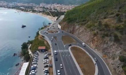 """<span class=""""entry-title-primary"""">Megújult a montenegrói tengerpartra vezető út</span> <span class=""""entry-subtitle"""">Ralipályává vált a fokozott biztonságot célzó szakasz</span>"""