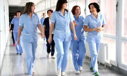 Egy év alatt több mint ezer orvos és nővér hagyta el Szerbiát