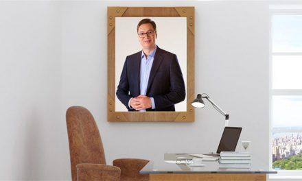 Vulin újabb csodás ötlete: Vučić-képet a falra