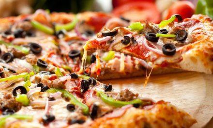 Drónnal kézbesíti majd a pizzát egy szerbiai gyorséttermi lánc