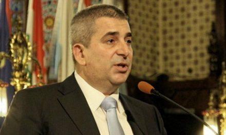 Laban szerint az ellenzék nem érdemli meg, hogy a képviselő-testületben üljön