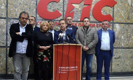 Alakul a belgrádi hatalmi választási lista: SZHP-SZSZP-VMSZ…
