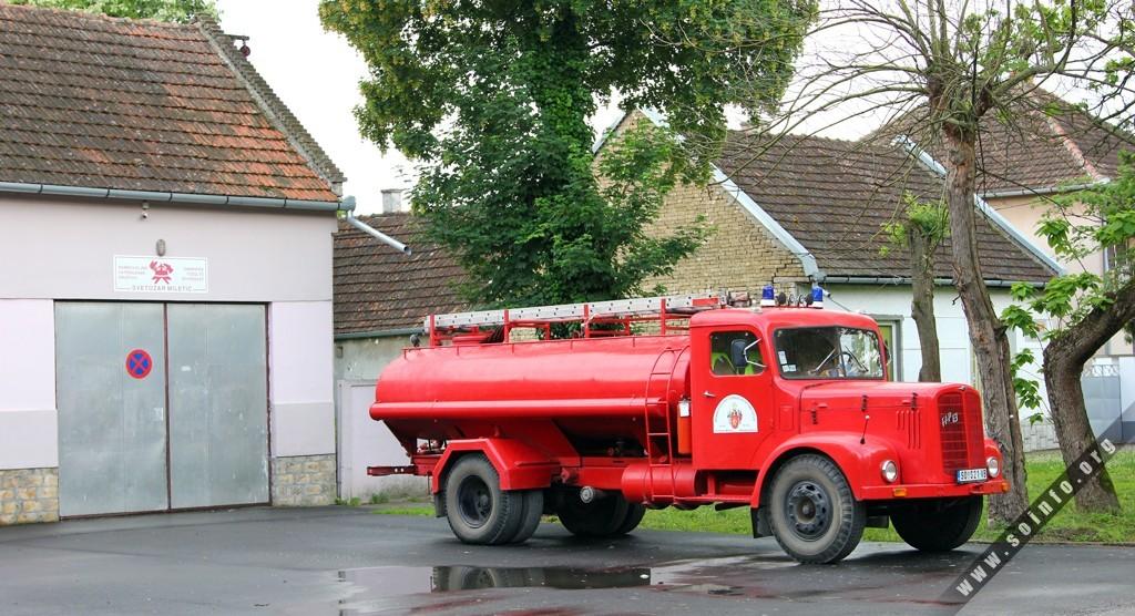 Több mint negyvenéves gépekkel oltanak az önkéntes tűzoltók Vajdaságban